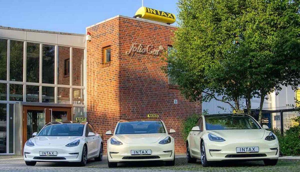 tesla model-3 taxi intax