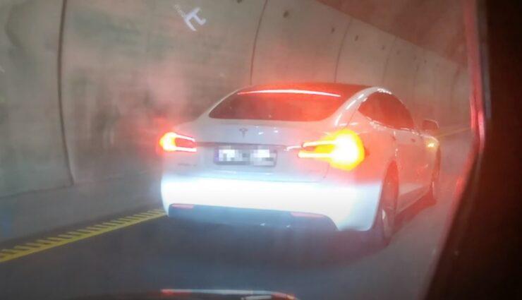 tesla model-s norwegen tunnel autopilot