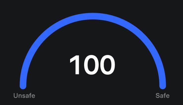 tesla safety score anzeige 100
